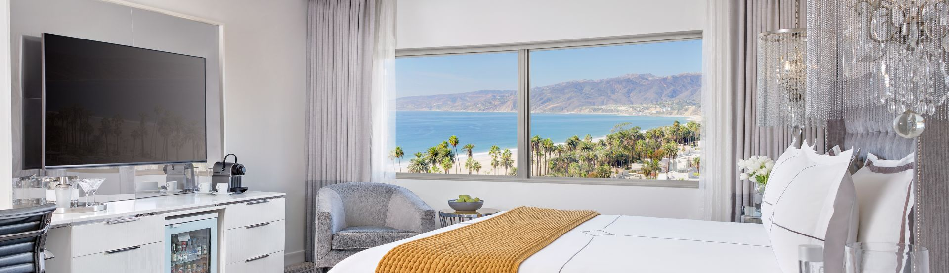 Rooms & Suites LUXURY ACCOMMODATIONS IN SANTA MONICA